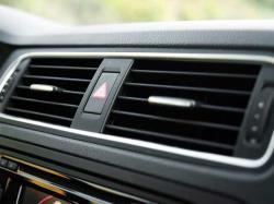 کولر خودرویی که در زیر آفتاب بوده را بلافاصله روشن نکنید
