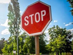 قانون توقف در رانندگی