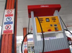 بنزین 1500 تومانی تا انتخابات ریاست جمهوری منتفی شد