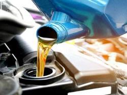 وقتی موتور بیش از حد روغن کم میکند، چه کنیم؟